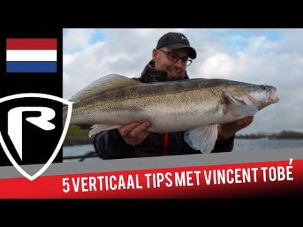 Zo vis je verticaal op snoekbaars – 5 tips door Vincent Tobé