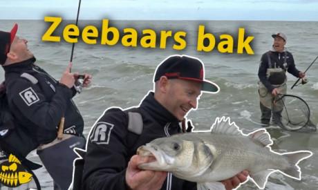 ***Roofmeister VIDEO*** Zeebaars bak van 70 cm – Roofvissen op het strand met Paans & van der Sanden